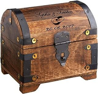 Casa Vivente Schatztruhe mit Gravur zur Hochzeit, Motiv Ringe, Personalisiert mit Namen und Datum, Schmuckkästchen aus dunklem Holz, Maße: 14 x 11 x 13 cm