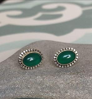 Pendientes de botón de ónix verde, Pendientes de ónix de color verde oval, Pendientes de botón pequeños