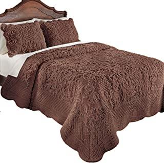 Collections Etc Elegant Ultra-Soft Faux Fur Plush Quilt Bedding with Scalloped Edges and Scroll and Lattice Patterns, Chocolate, Full/Queen