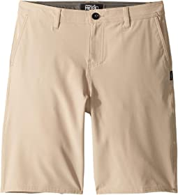 Reserve Solid Shorts (Big Kids)