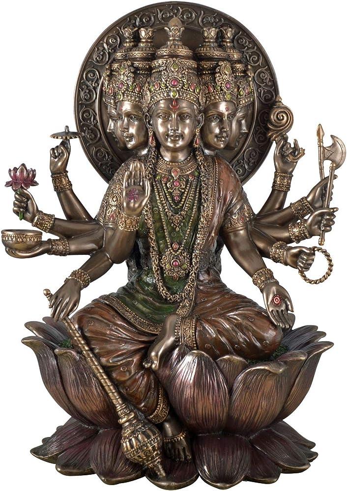 Veronese - statua indiana di dio gayatri mantra dio del sole