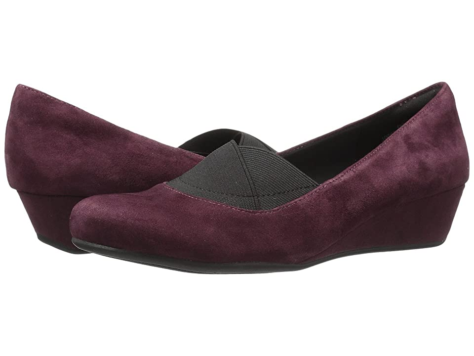 Easy Spirit Davani (Wine/Black Suede) Women