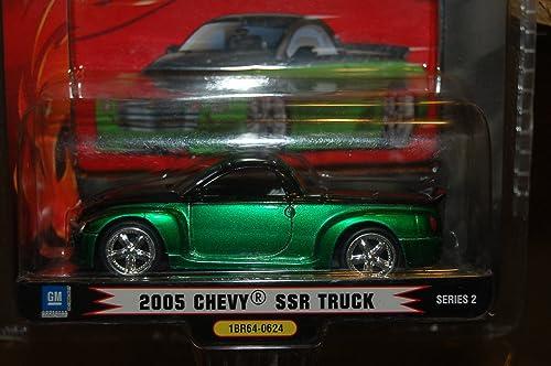 1 BADD RIDE 2005 vert CHEVY SSR TRUCK SERIES 2 1 64 SCALE