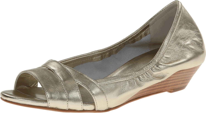 Cole Haan Womens' Amari Ot Wedge Pump shoes, Soft gold Metallic