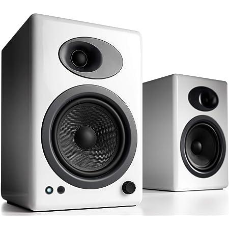 Audioengine A5+ Classic 150W Altavoces de estantería | Amplificador Analógico Incorporado | Control Remoto | Entradas RCA y 3.5mm. | Cables Incluidos