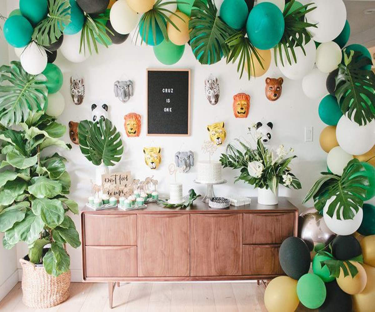 Jungle Safari Theme Party Decorations 10pcs latex balloons,Green Palm  Leaves, 10 feets Arch Balloon strip tape, Safri party Supplies and Favors  for