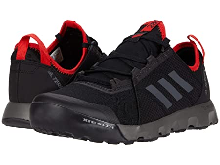 This best water shoe photo shoes a product photo of the Adidas Terrex Voyager SUMMER.RDY Speed water shoe.