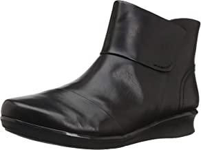 CLARKS Women's Hope Track Fashion Boot