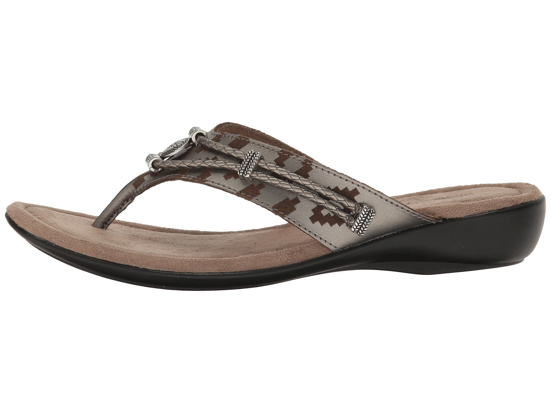 silverthorne single girls Shop for minnetonka silverthorne thong (women's) and our wide selection of other casual shoes at shoemall, and enjoy free shipping every day.