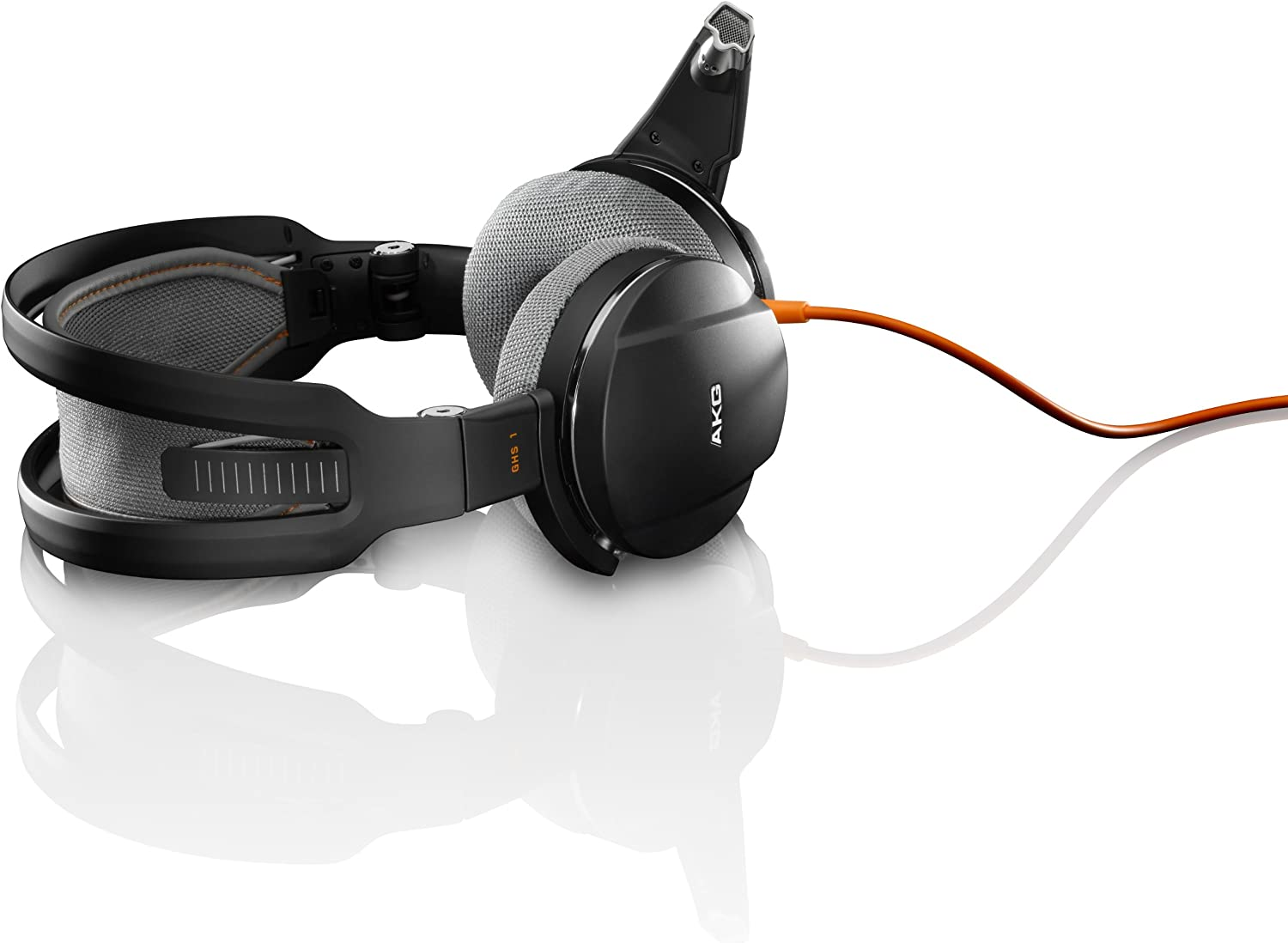 Amazon Com Harman Akg Ghs1blk Over Ear Computer Gaming Headphone Black Discontinued By Manufacturer Home Audio Theater