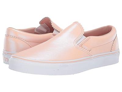 Vans Classic Slip-Ontm ((Pearl Suede) Spanish Villa/True White) Skate Shoes