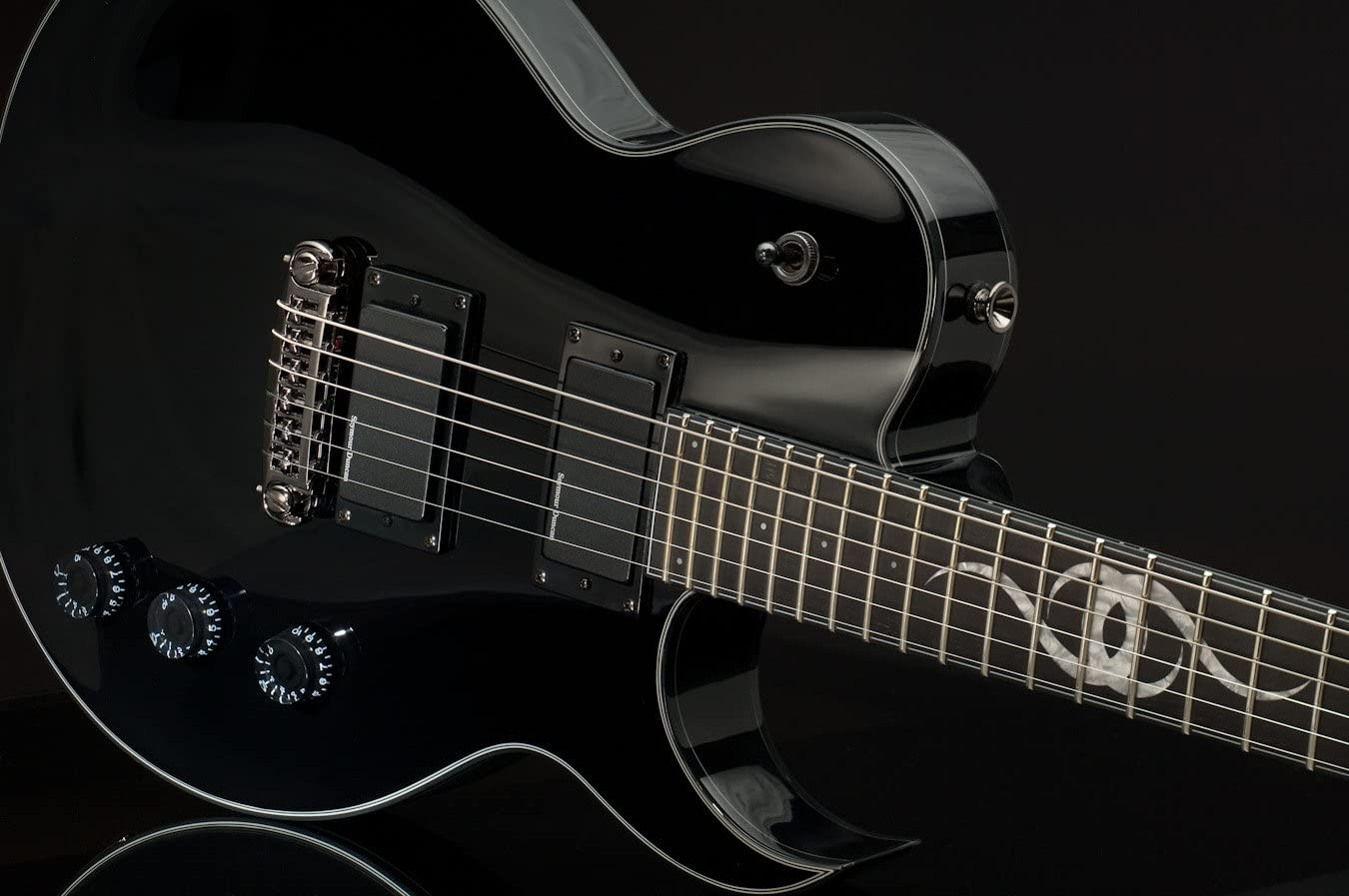 Ethan Hart Guitar Store EH-1 Black Discount is also underway with Binding White Cutaway Single