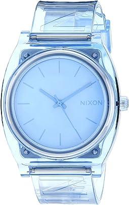 Blue/Nixon