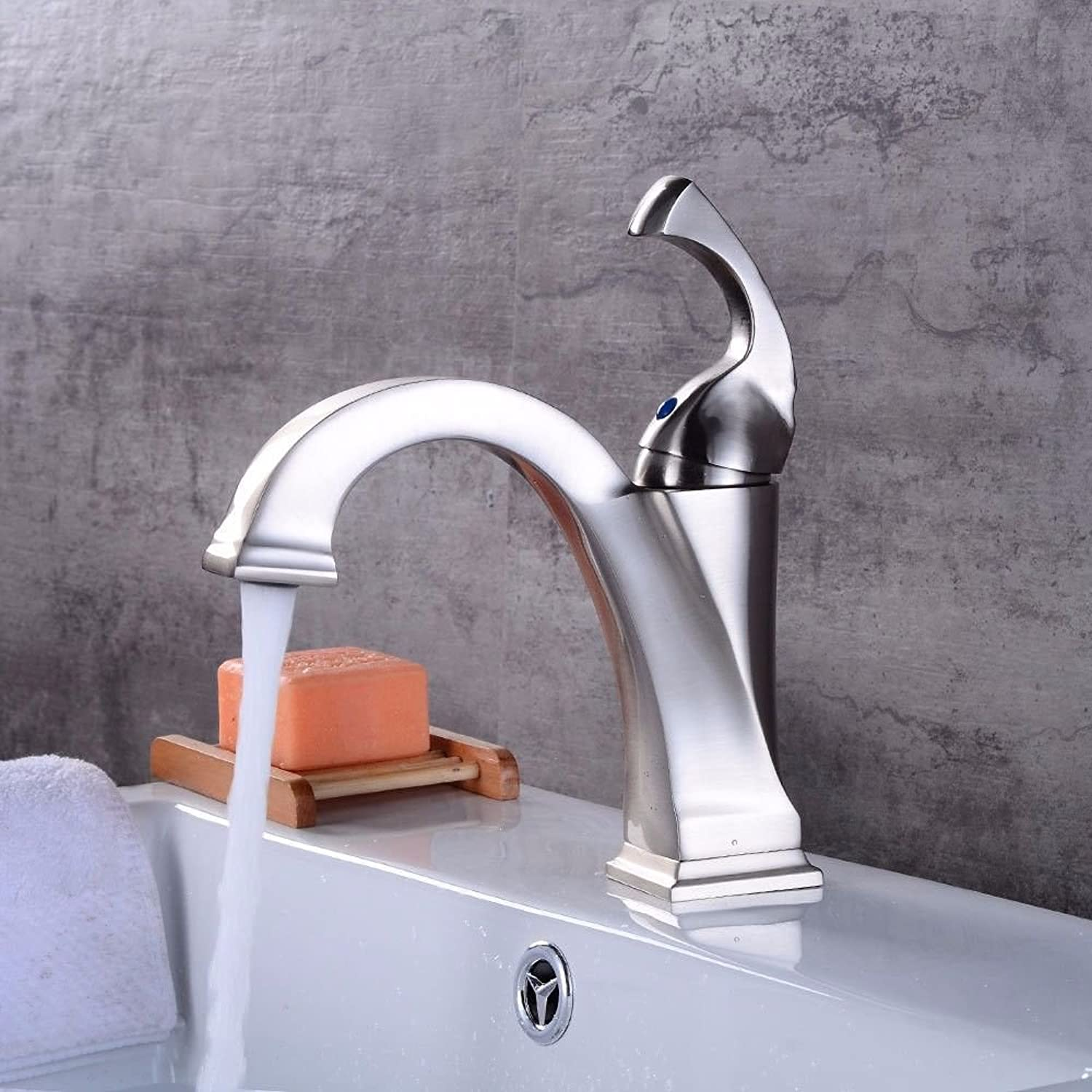 Modern simple copper hot and cold kitchen sink taps kitchen faucet Modern brushed hot and cold water ceramic valve single hole single handle bathroom basin mixer Suitable for bathroom kitchen sinks