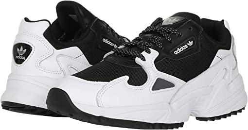 Core Black/Footwear White/Night Metallic