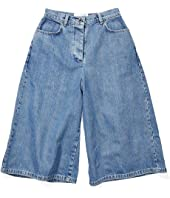 Fitloose Shorts in Washed Denim