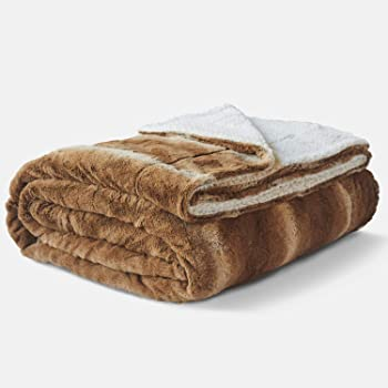 Amazon.com: Faux Fur Queen Size Winter Blanket | Super Soft Fuzzy