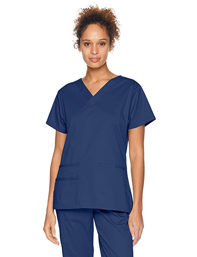 Amazon Essentials Women's Quick-Dry Stretch Scrub Top