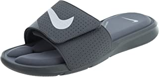 adf47df1d80b Amazon.com  NIKE - Sandals   Shoes  Clothing