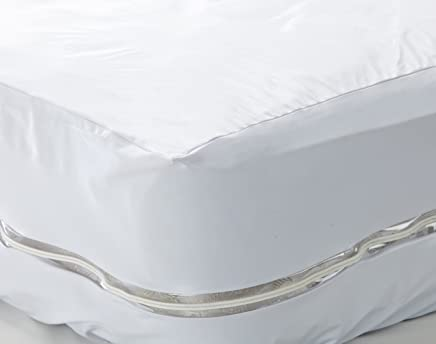 Pile of Pillows Bed Bug and Allergen Proof Mattress Encasement,  Twin/Single,  White