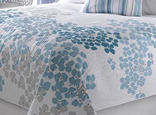 Blue Arbor Floral Quilt Set Spring Flower Petals in Light and Dark Blue and Beige on Detailed Quilting Chic White Background 3 pc Set King