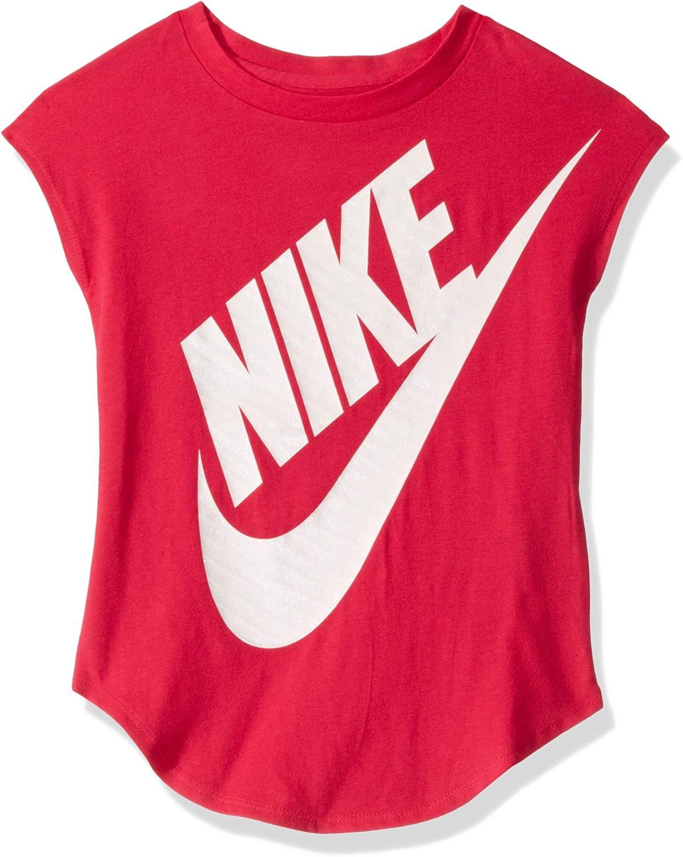 Nike Girls' Sportswear Graphic T-Shirt