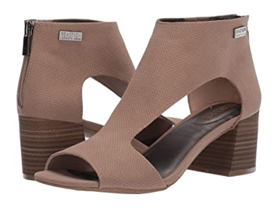 Kenneth Cole Reaction Mix Cut Out Sandal 2 (Taupe) Women