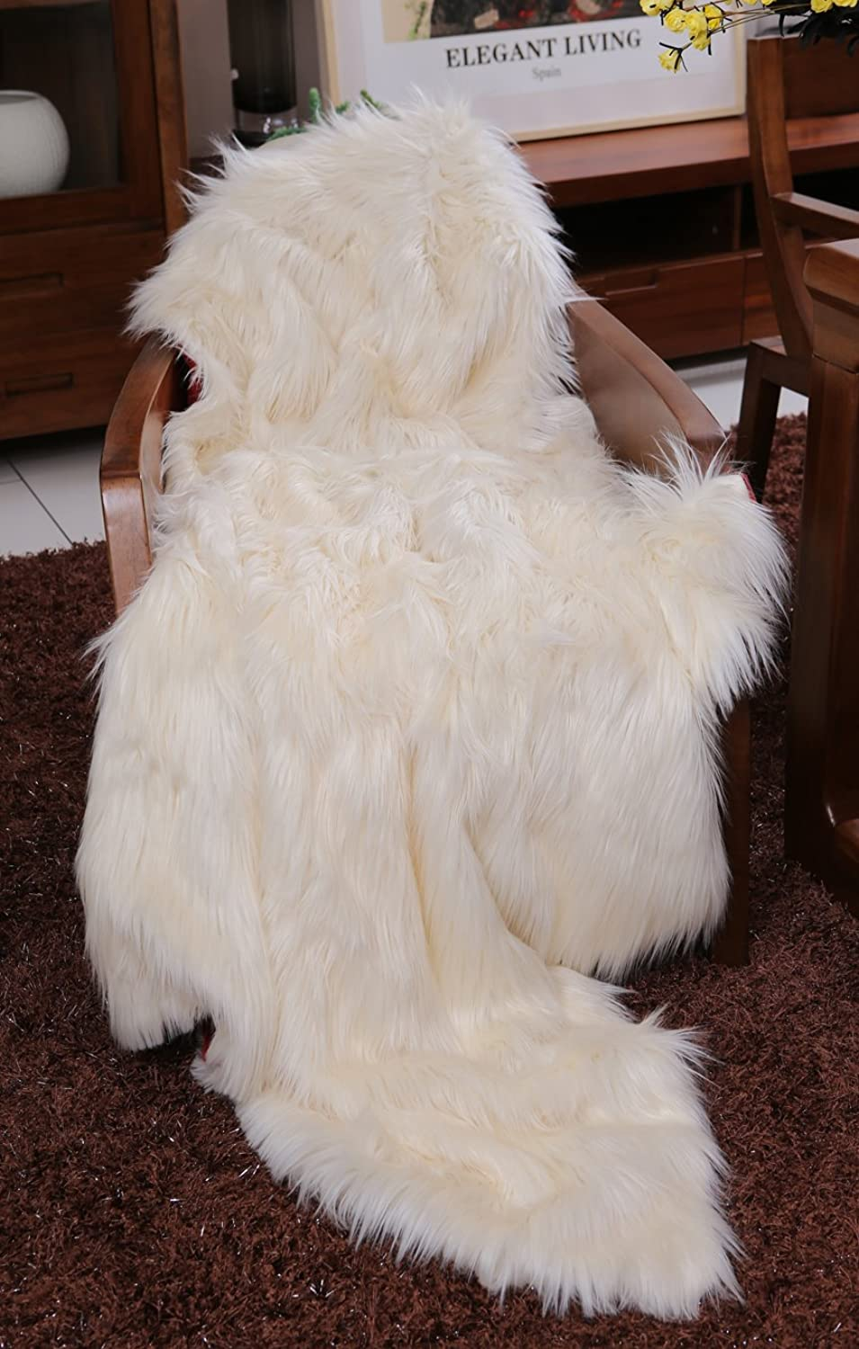 Lindsey Home Fashion Faux Fur Throw, Blankets for Bed Super Soft Fiber, Mink, Wolf, Bear, Coyote, 60 x84 , 60 x70 , 60 x60  (60x60(INCH), White Bear)