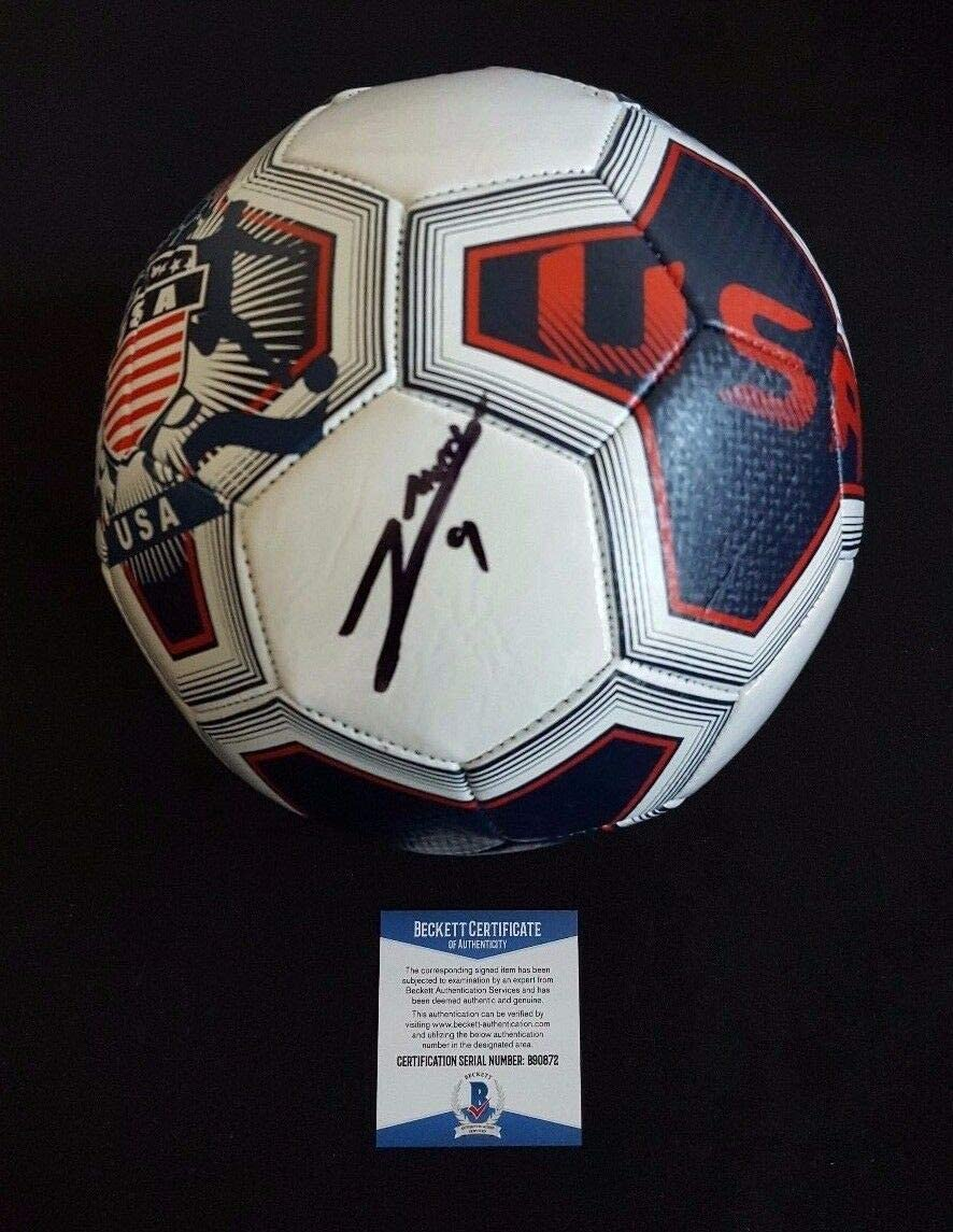 Authentic Autographed Sebastian Giovinco Toronto Soccer Fc Limited OFFicial site price Italy