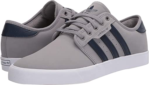 Chalk Solid Grey/Collegiate Navy/Footwear White