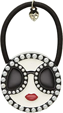 Alice + Olivia Stace Face Pearls Hair Tie