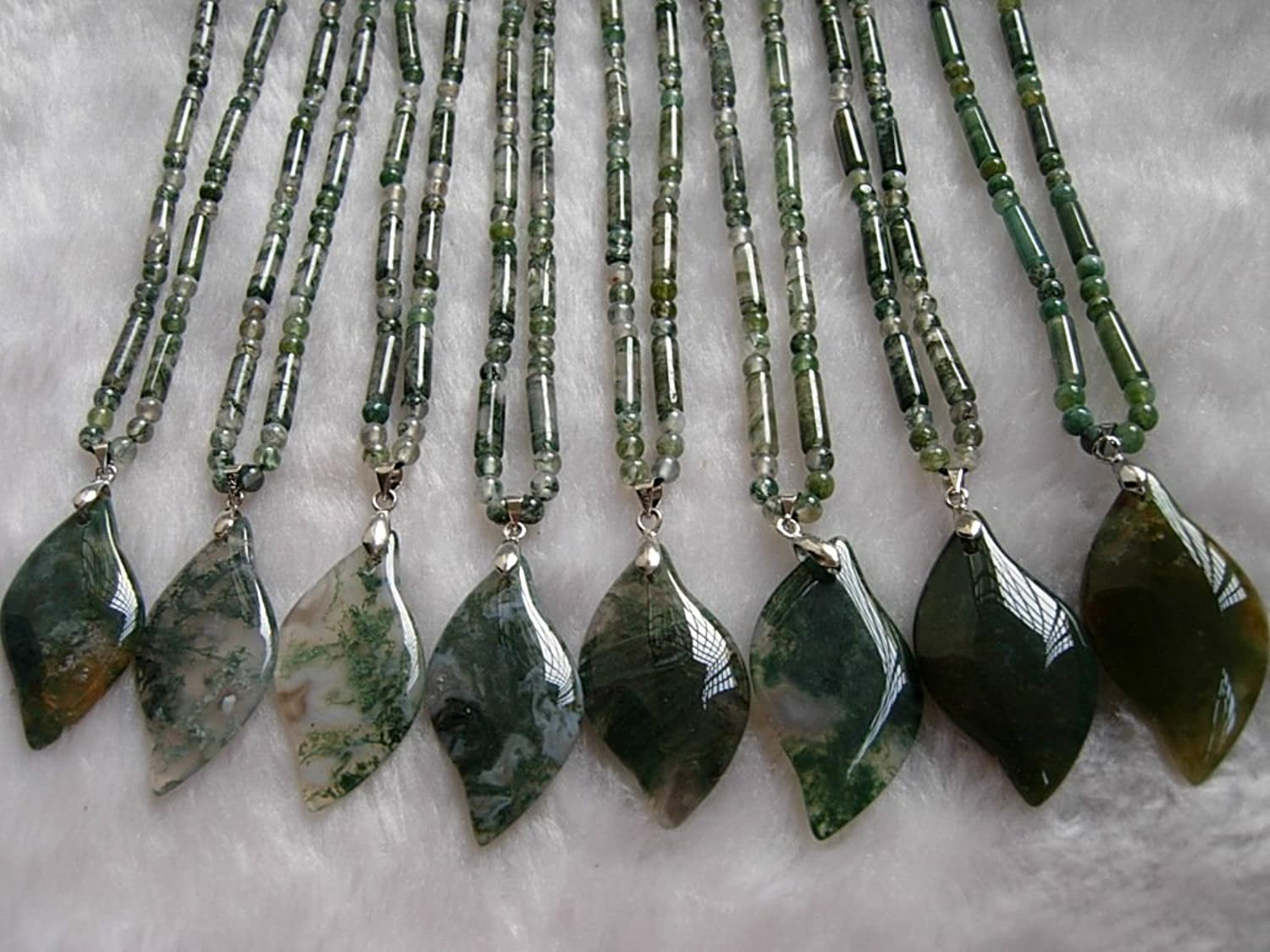 Genuine Natural Plants in India Agate Necklace Pendant + Primary color Natural Clear and Transparent Plants Variety