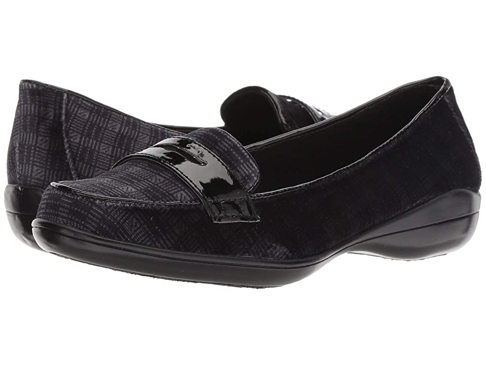 Soft Style Daly (Black Plaid/Patent 2) Women