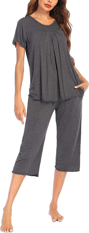 Ekouaer Women's Pleated Loungewear Top and Sleep Capris Pajamas Set Ruffle Pockets Elastic Waist Sleepwear