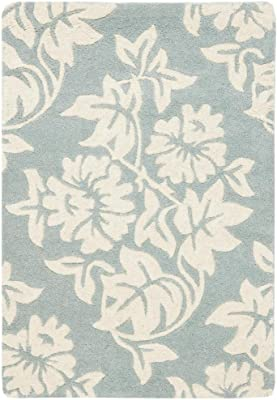 """Safavieh Soho Collection SOH770A Handmade Blue and Ivory Premium Wool Area Rug (7'6"""" x 9'6"""")"""