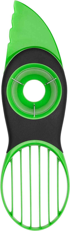 El mejor rebanador de aguacates: Cortador de aguacate 3 en 1 OXO Good Grips