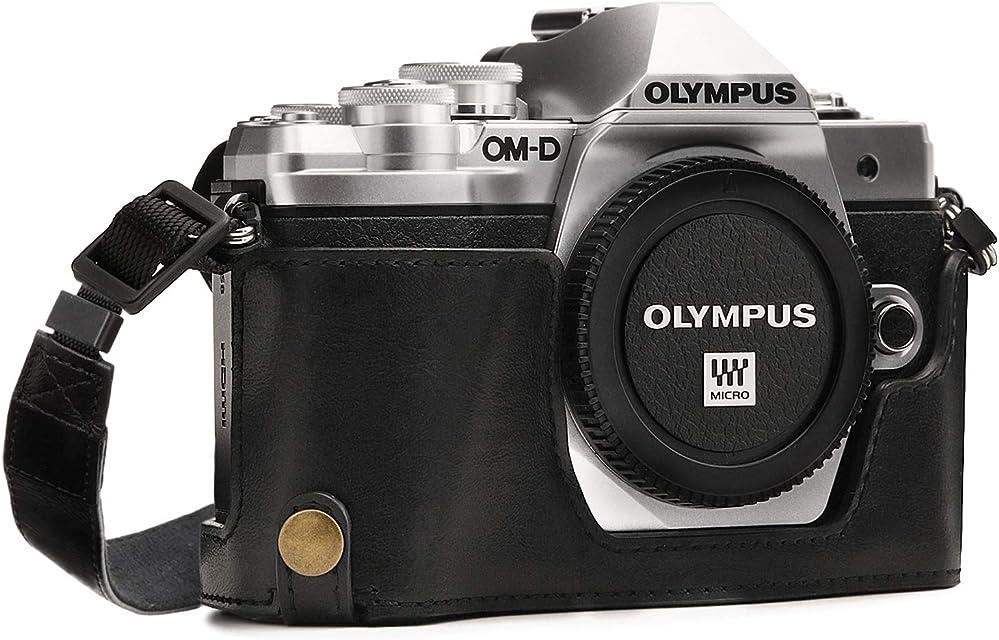 MegaGear MG969 para Olympus OM-D E-M10 Mark II E-M10 Estuche Ever Ready Media Funda Estuche de Base Funda de Cuero de Pronto Uso con Correa - Negro
