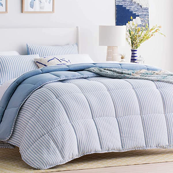 Linenspa All Season Reversible Down Alternative Quilted Comforter Hypoallergenic Plush Microfiber Fill Machine Washable Duvet Insert Or Stand Alone Comforter Cloudy Sky Blue King