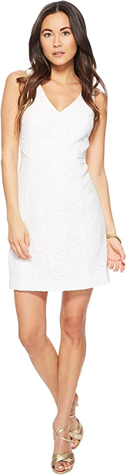 Resort White Sea Swirling Lace