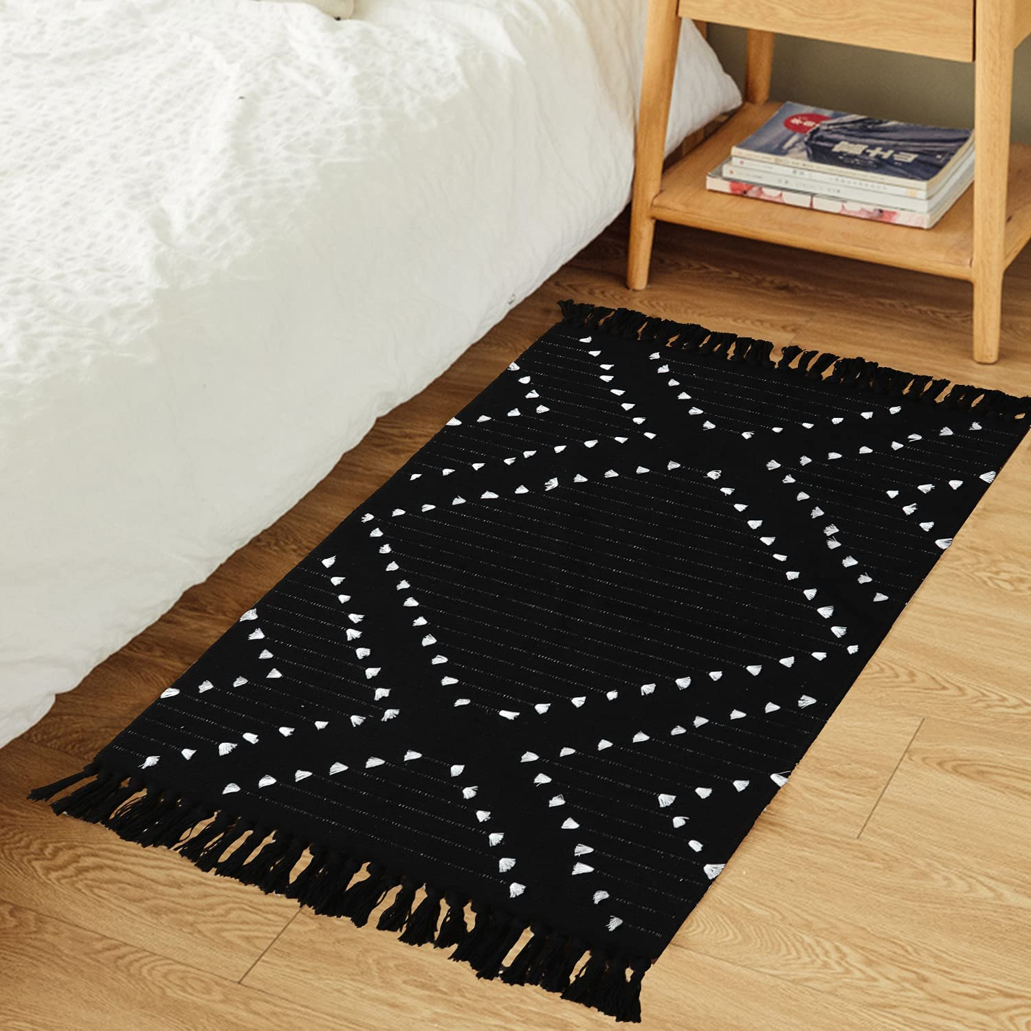 HAOCOO Boho Bathroom Rug 20' X 20' , Cotton Woven Washable Small Area Rugs  with Tassels,Black and White Kitchen Rug Moroccan Tribal Throw Carpet Bath  ...
