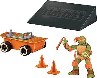 Teenage Mutant Ninja Turtles Michelangelo With Skateboard and Ramp Vehicle With Figure