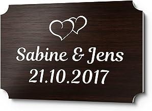 Bruiloftbordje kunststof houtlook met naam of spreuk | persoonlijk cadeau voor bruiloft | met motieven bijv. rozen ringen ...