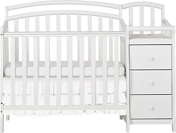 Dream On Me Casco 3 In 1 Mini Crib And Dressing Table Combo White