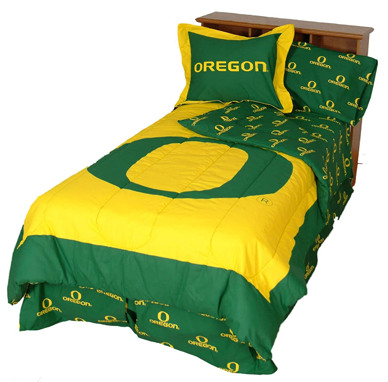 Oregon Ducks (2) Piece Twin Reversible Comforter Set & 1 Matching Window Curtain Valance - Includes: (1) Twin Reversible Comforter, (1) Pillow Sham and (1) Curtain Valance