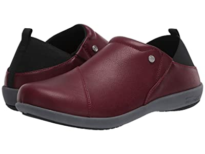 Spenco Brooklyn Slip-On (Burgundy) Women