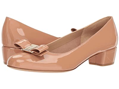 Salvatore Ferragamo Vara Bow Pump (New Blush) Women