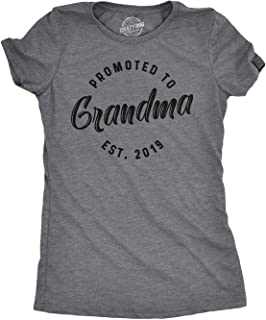 Mens Promoted to Grandma 2019 Tshirt Best Mom T Shirt Gift for New Grammy