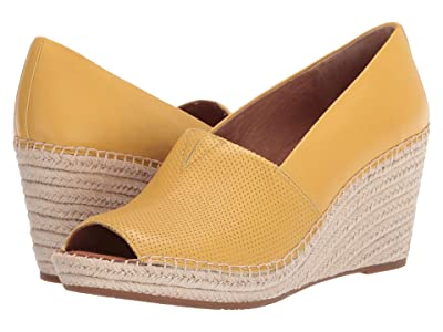 Gentle Souls by Kenneth Cole Charli A-Line 2 (Pale Yellow) Women