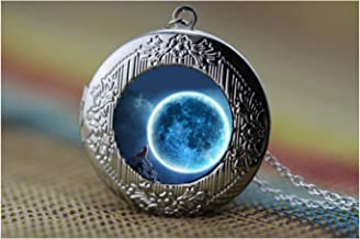 wolf and blue moon locket pendant necklace,art painting locket pendant,Glass dome cabochon locket necklace,DIY Jewelry
