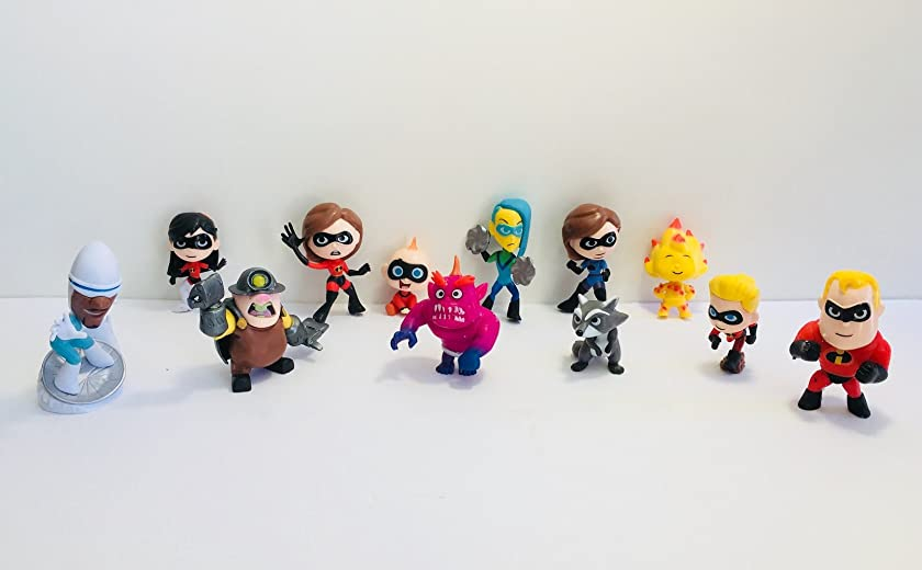 The Incredibles 2 Deluxe Cupcake/Cake Toppers